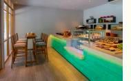 Dhigali Maldives Cafe'