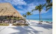 Emerald Maldives Resort and Spa Beach Club Grill