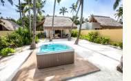 Emerald Maldives Resort and Spa Jacuzzi Beach Villa