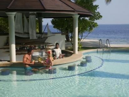 Royal Island Resort Spa Pool Bar
